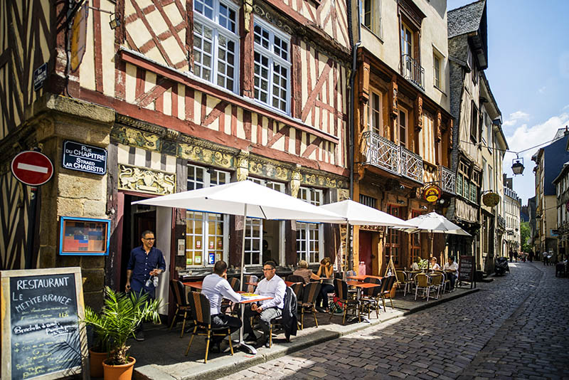 France, Brittany, Rennes, Ille-et-Vilaine, Alley in the Old Town of Rennes,