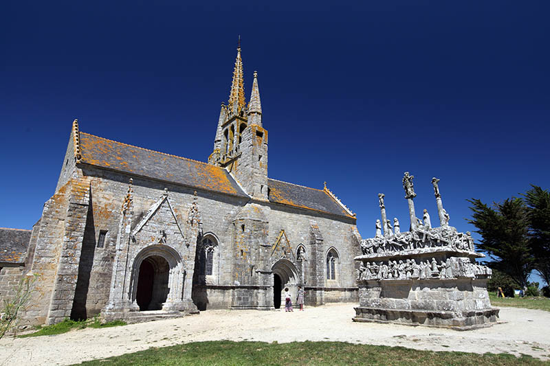 Church and Calvary Tronoën, Brittany, Finistère