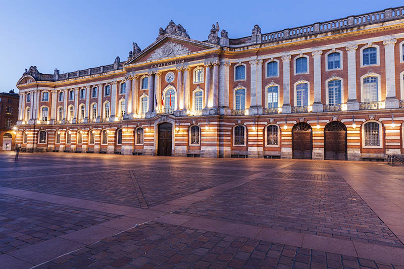 Capitole de Toulouse at evening. Toulouse, Occitanie, France.